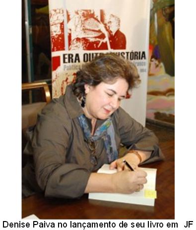 Denise Paiva no lançamento de seu livro em JF