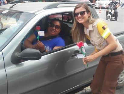 A mulher no trânsito