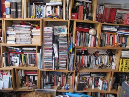 uma casa sem livros