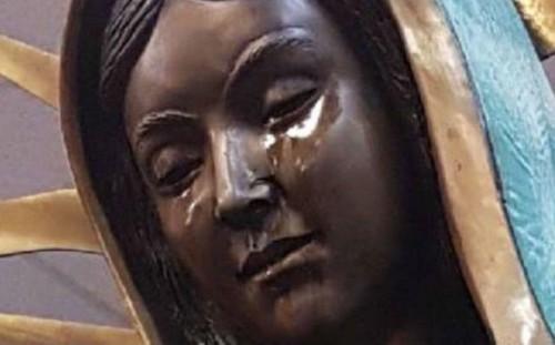 As lágrimas da Virgem de bronze